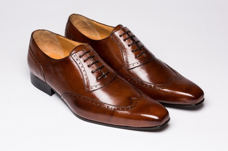 detendre chaussures cuir