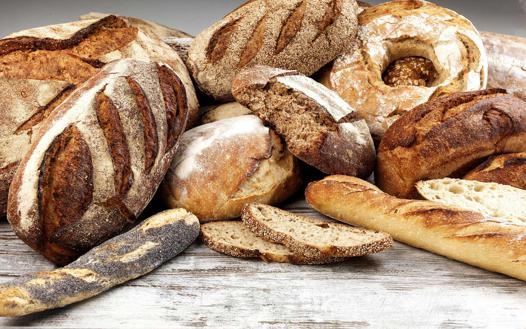 Comment faire du pain la recette du pain complet - Machine a pain boulanger ...