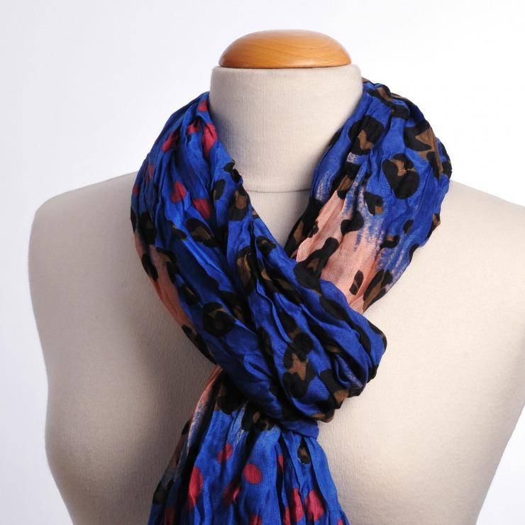 nouer foulard