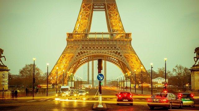 une agence SEA située à Paris