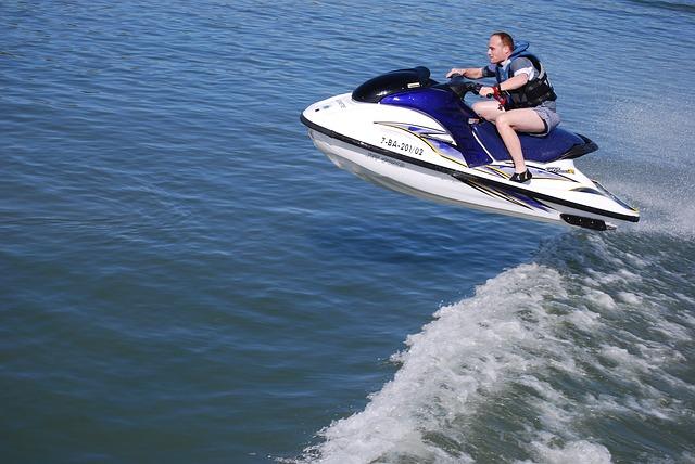 Souscrire rapidement une assurance pour un jet ski